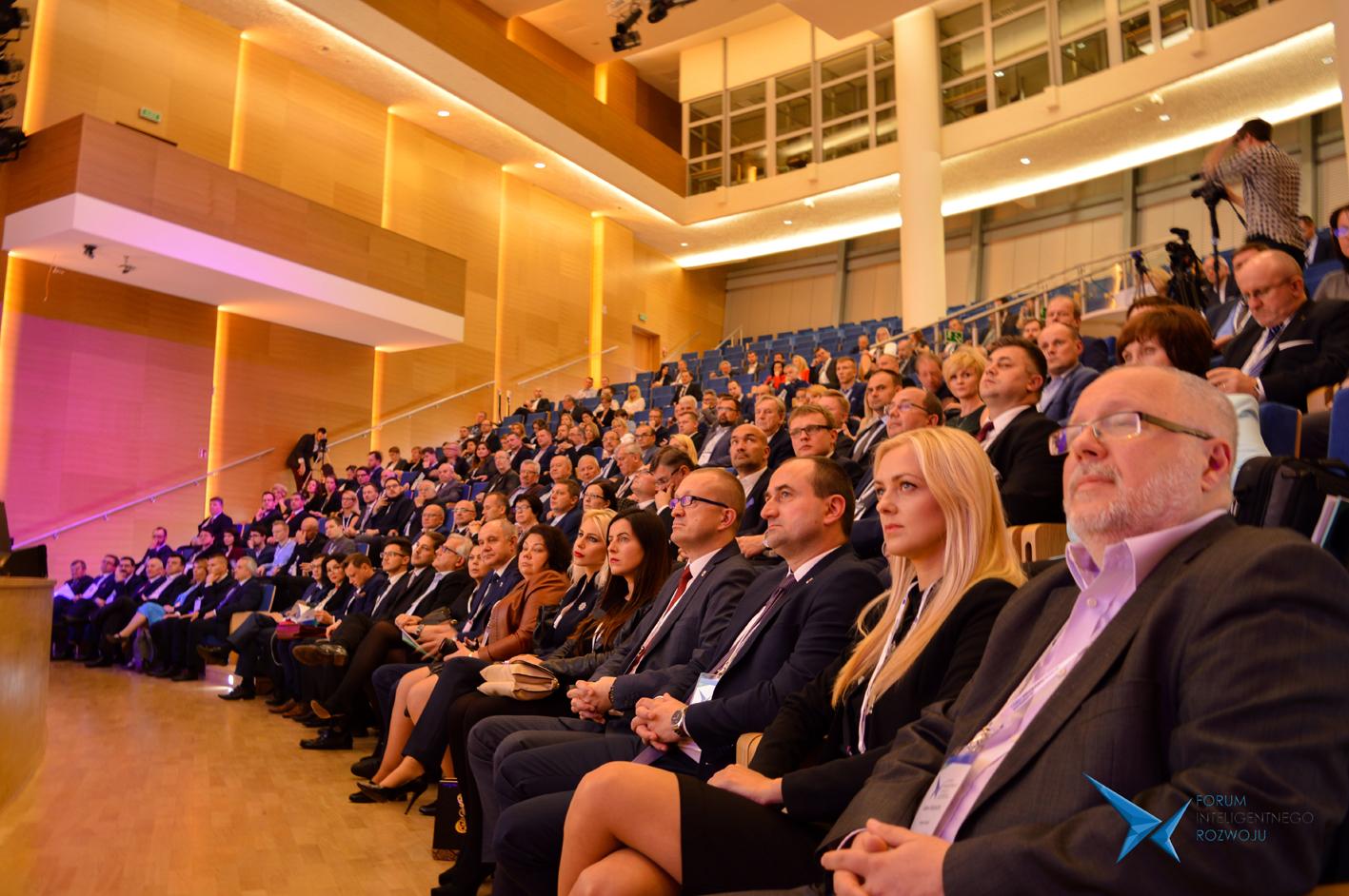 II Forum Inteligentnego Rozwoju w obiektywie